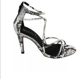 NEW Betani Penelope Strappy heel sandals size 7.5